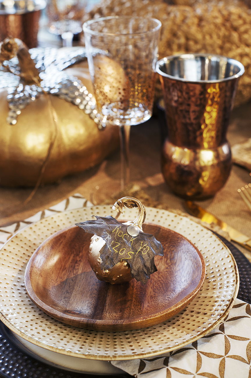 TARGET, TARGET DISHES, GOLD PUMPKINS, FALL DECOR, FALL TABLESCAPE, FALL TABLE SETTING,  WEST ELM NAPKINS