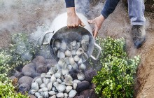 CURANTO, SEAFOOD FEAST, CHILOTE COOKING, CHILE, CHILOE, MUSSELS, CLAMS, PIT COOKING