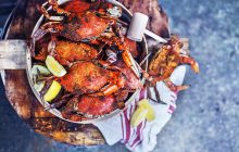 SUMMER DINNER, CRAB BOIL, SUMMER CRAB BOIL, SUMMER DINNER IDEAS, CRABS, OLD BAY